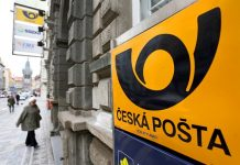 V Čimicích se nešťastnou náhodou postřelil pracovník poštovní ostrahy