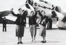 Z nebe rovnou do pekla: Jak vypadala životní dráha první české letušky?