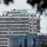 Huawei hrozí soudy i arbitráží