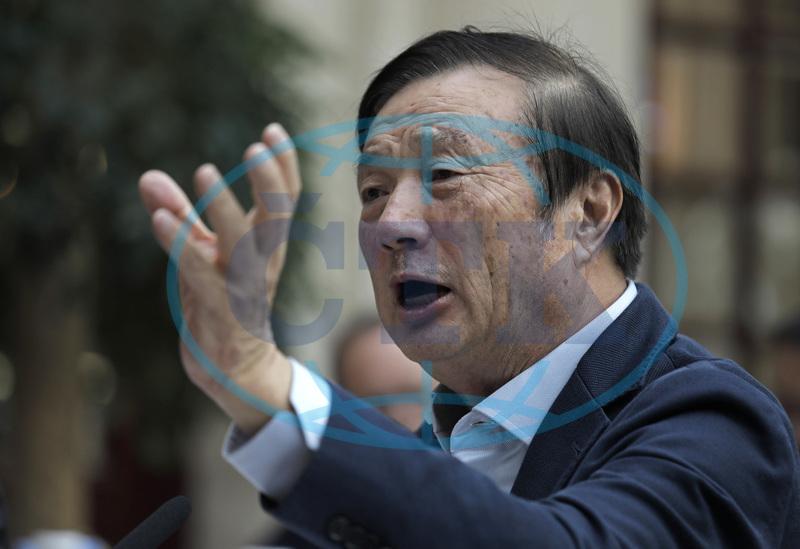 Zakladatel Huawei: USA nás nedokážou rozdrtit