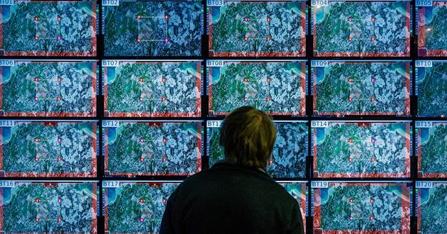 Obrana chce hlídat kyberprostor. Údery proti hackerům má řídit ministr